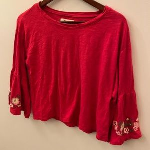 Hollister red top